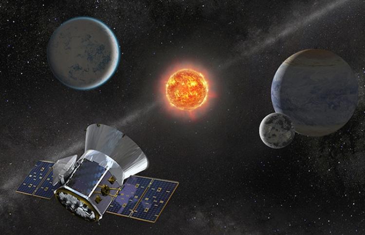 Llegan a la Tierra las imágenes de la 'primera luz' del nuevo cazador de exoplanetas de la NASA