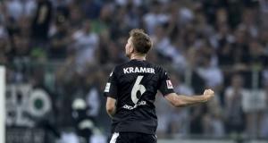 Borussia Dortmund vence 4-0 al Bayer en duelo de punteros en Bundesliga