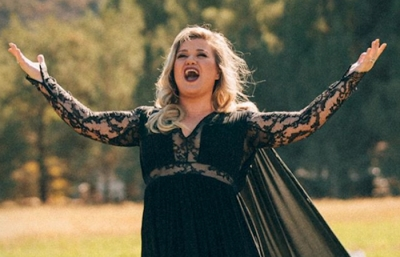 "Cantautora Kelly Clarkson se integra a nueva temporada de ""The Voice"""