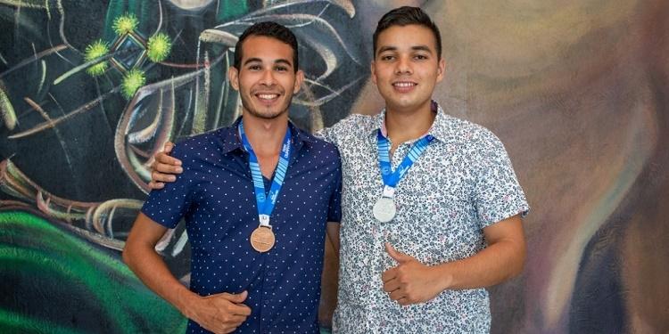Estudiantes jaliscienses destacan en Olimpiada de Ingeniería Civil