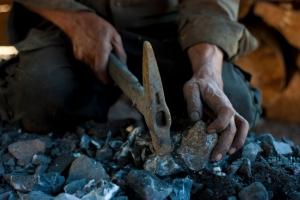 Diputado pide verificar cumplimiento de reglas de seguridad para mineros