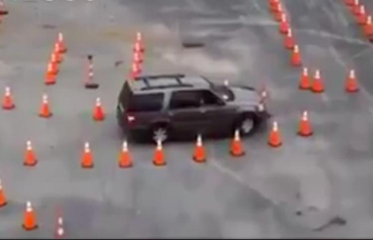 ¿Te imaginas un examen de manejo tan difícil?