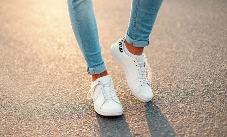 Consejos de limpieza y cuidado para zapatillas blancas