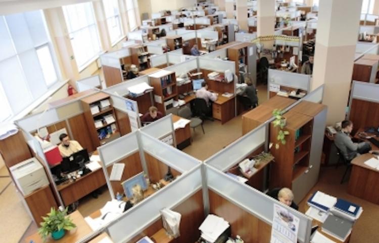 Capacitación especializada debe darse también dentro de las empresas