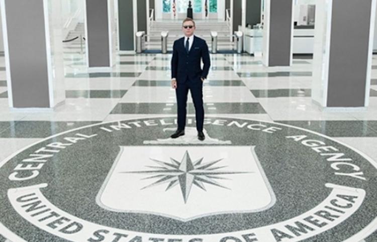 Daniel Craig visita la CIA antes de rodar el nuevo James Bond