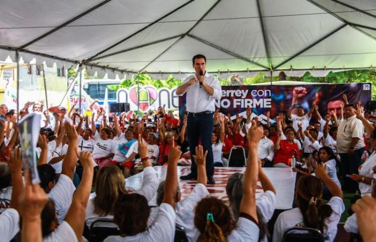 Adrián de la Garza encabeza diversos cierres en sectores de Monterrey