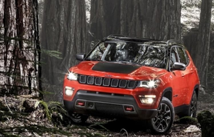 Fanáticos del Jeep se reúnen en Europa para poner a prueba los vehículos