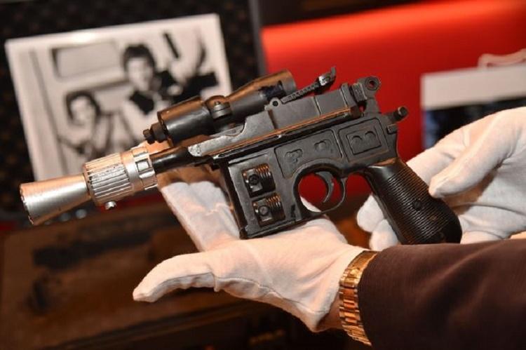 Rematan pistola láser de Han Solo en 550 mil dólares
