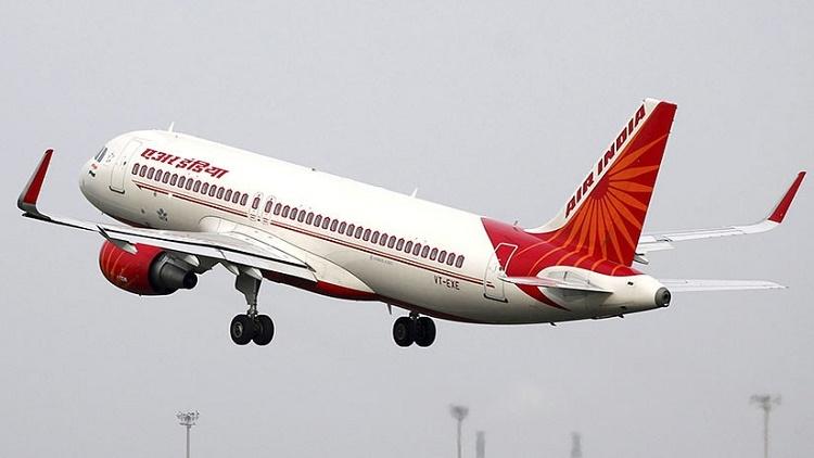 Un avión de pasajeros pierde una ventanilla en pleno vuelo