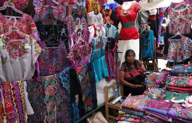 Mercados de San Cristóbal de las Casas muestran diversidad cultural
