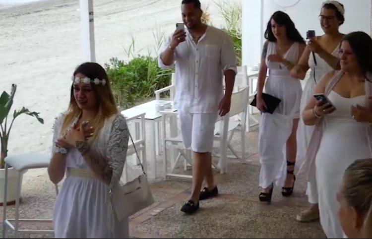 Viralizan supuesta boda sorpresa de chica