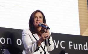 Margarita Zavala externa beneplácito por aval de INE a su candidatura