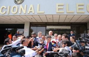 Ríos Piter no reúne mínimo de firmas para candidatura, ratifica INE