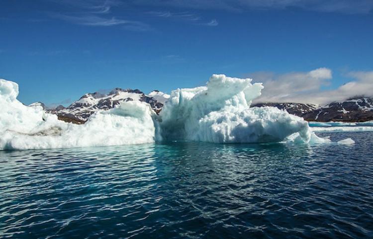 Así 'tararea' una gigantesca barrera de hielo en la Antártida