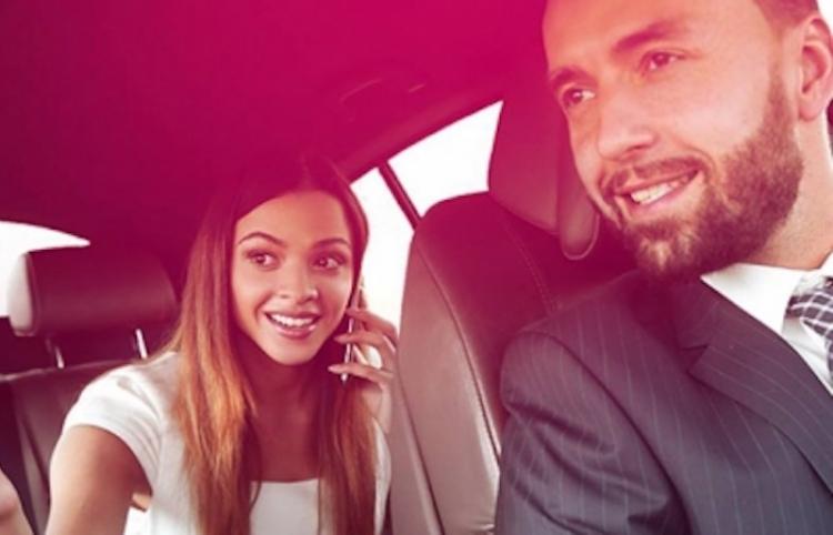 Presentan Nekso, nueva aplicación para servicio de taxi seguro