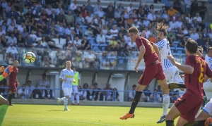 Roma se aferra a un lugar de Champions con triunfo sobre SPAL