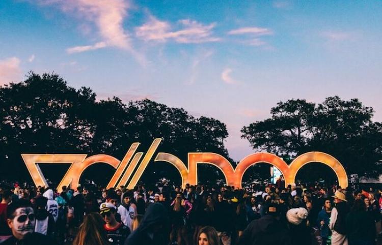 Mumford & Sons, Childish Gambino, Arctic Monkeys, por encabezar el 20 aniversario de Voodoo Festival