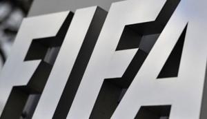 FIFA multa a la Asociación Polaca de Futbol por pancartas políticas