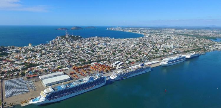 Muestran empresarios de NL oferta turística en Mazatlán