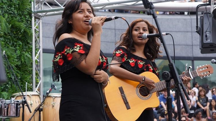 Las Hermanas García conquistan a público en festival latino de Londres