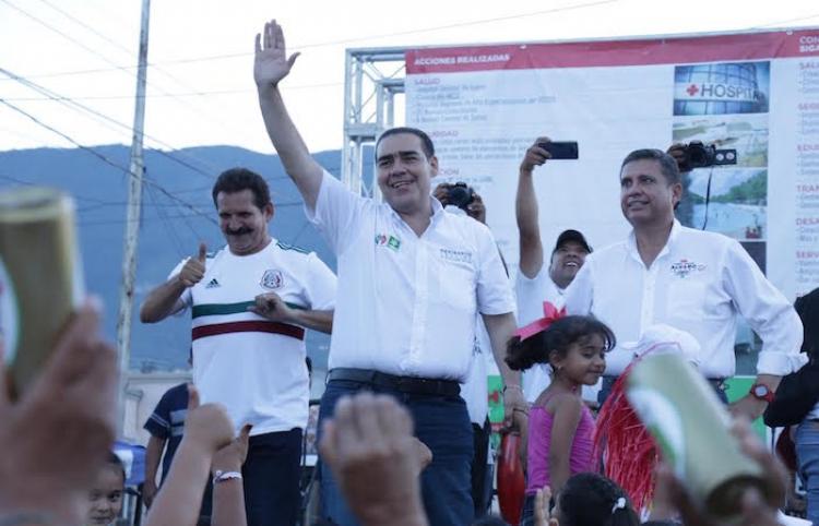 Últimos compromisos por Juárez; estampa con su firma Heriberto Treviño