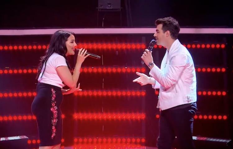 Joe Jonas revive el sueño de toda fan, cantando 'This Is Me' a dueto