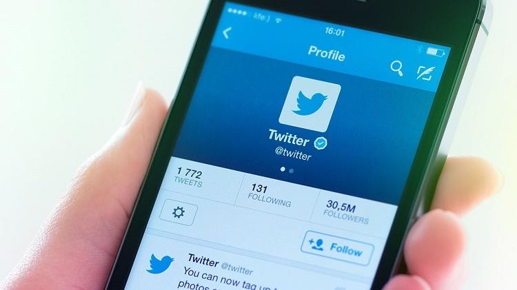 Twitter trina entre escritores, cómicos y poetas
