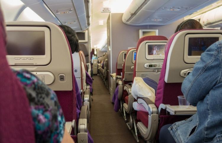 'Niño demoníaco' convierte un avión en un infierno para los pasajeros