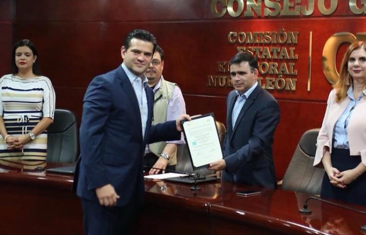 Entregan constancia como diputado local a Cienfuegos; el cual proseguirá de alcalde