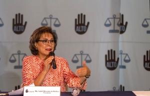 Isabel Miranda lamenta defensa de Solalinde a secuestradora de su hijo
