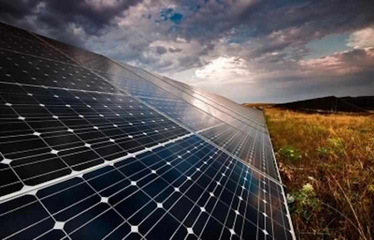 Grecia instalará dos plantas solares para cumplir estrategia ambiental