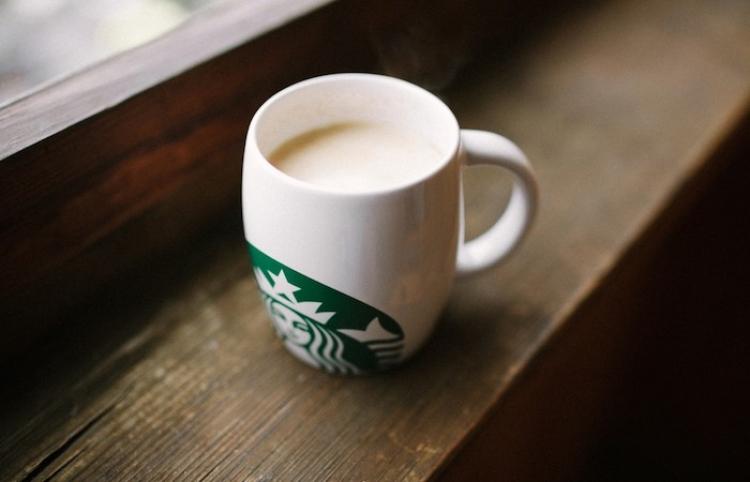 Alsea firma contrato para operar Starbucks en países europeos
