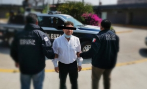 Detienen a ex diputado Juan Vera por ataque con ácido a saxofonista