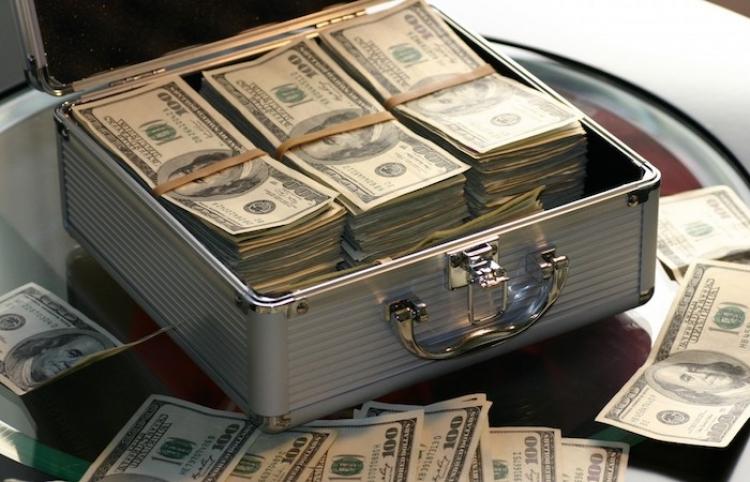 Demanda por dólares provoca depreciación del peso mexicano
