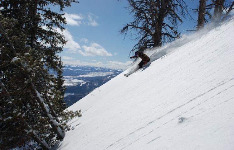 ¿Cuánto cuesta disfrutar de la temporada de esquí en Chile?