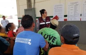 Atienden a grupos de 20 migrantes centroamericanos en frontera sur