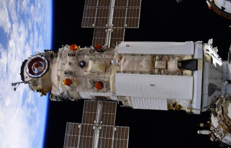 Astronautas de la NASA continuarán volando en naves rusas, dice Roscosmos
