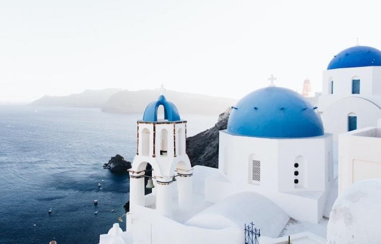 Grecia se prepara para afrontar dos meses críticos más en la lucha contra el covid-19