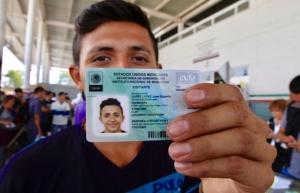 Suman cinco mil 605 solicitudes de tarjetas de visitante por razones humanitarias
