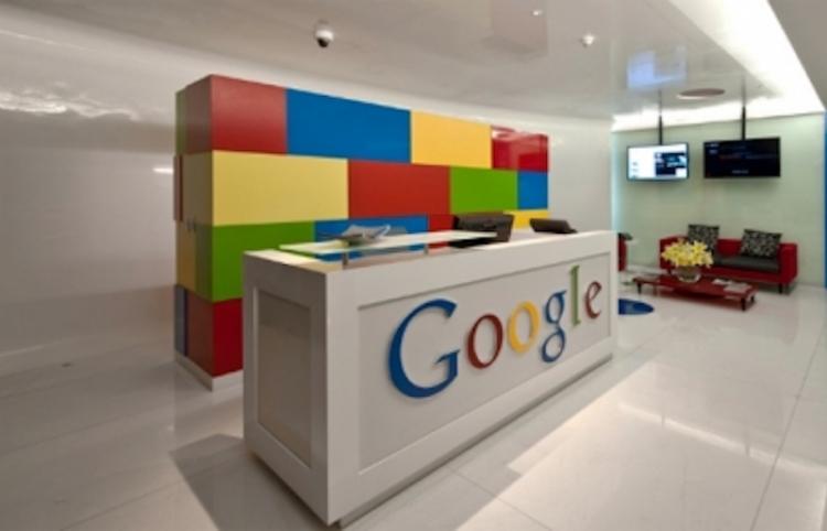 """Google explica """"desaparición"""" de base Santa Lucía en sus plataformas"""