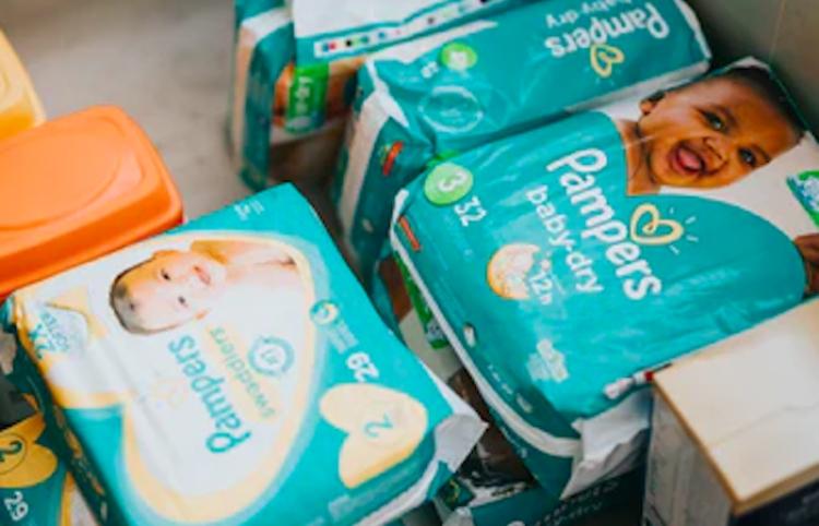 Convertir pañales en notas adhesivas: uso del reciclaje químico para evitar desechos