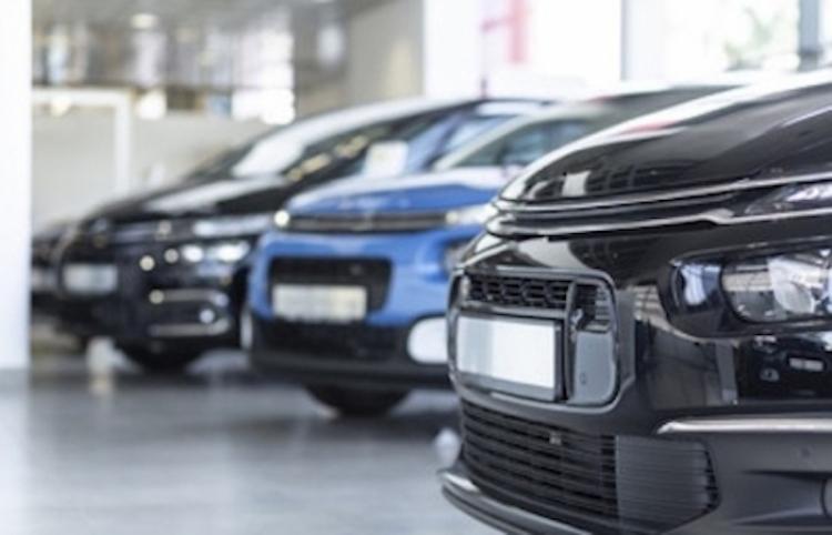 Cae 25.53 por ciento venta de autos en México en marzo