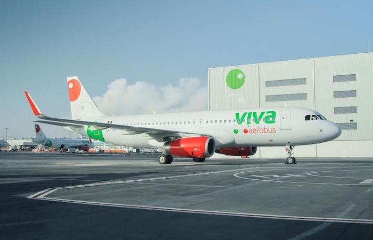 Conmociona a la red pequeño pasajero viajando por primera vez a la playa con Viva Aerobus