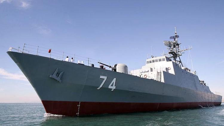 La Armada de Irán estrena un destructor de fabricación nacional