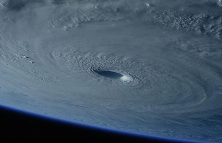 Detectan sobre el polo norte el primer 'huracán espacial'