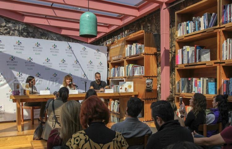 Presentan libro con recetas de cocineras tradicionales de Oaxaca