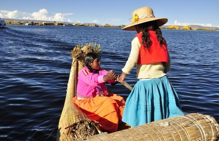 Bolivia anuncia festival de danzas nacionales en defensa de patrimonio folclórico