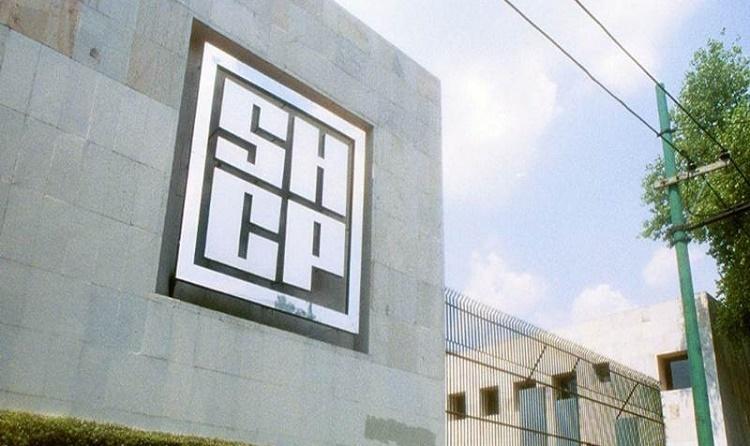 Hacienda presenta denuncias ante PGR por empresas fantasma