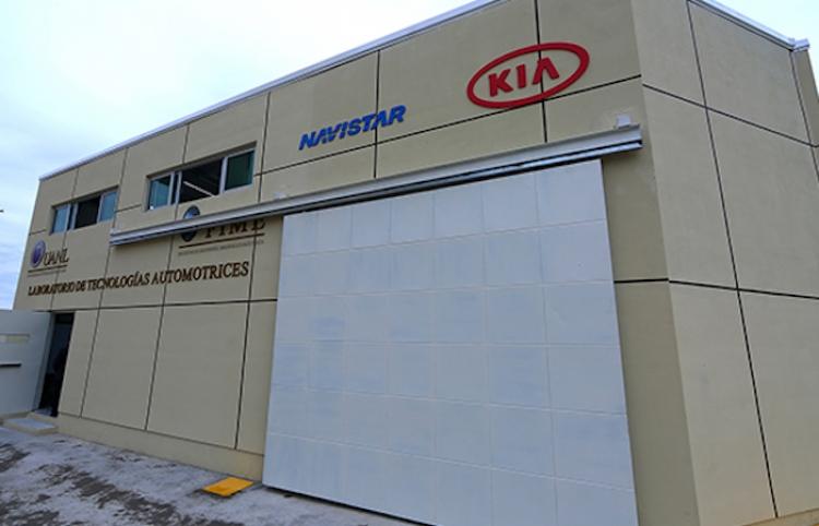 Inaugura UANL laboratorio de Tecnologías Automotrices