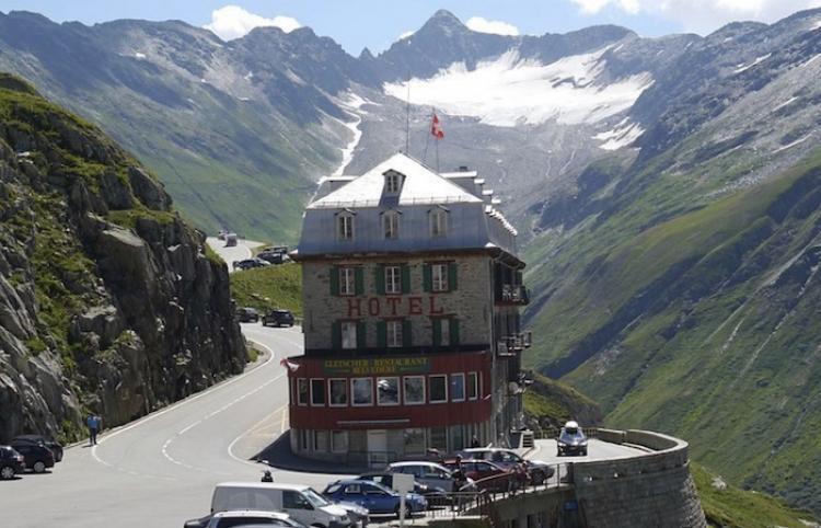 Hotel en Suiza es afectado por el cambio climático